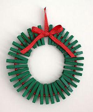 Corona Navidad con broches de madera!