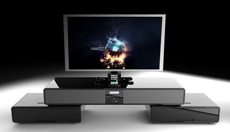 Dette TV-bord gjør stua til en kabelfri sone. Det vil også spare deg for mye frustrasjon. Glem ledninger og store høyttalere som tar mye plass. Her er høyttalerne innebygget i TV-bordet. Dette er et genialt system med en fantastisk lyd.