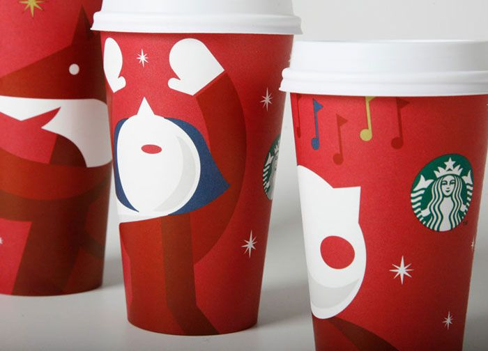Oh how these cups put me in a dreamy mood! They totally are Christmas in a cup! Hot Green Tea PLEASE lol