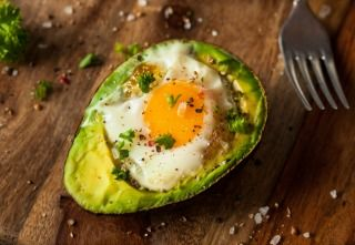 My 16 Favorite Fat Sources (Plus My Latest Big-Ass Salad) http://ift.tt/2rwjLRC  Going ketogenic has made me hone in on my fat sources even more than before. This is an essential practice for anyone seriously pursuing a ketogenic diet. As fat will comprise the majority of your calories you need to maximize the nutrition youll obtain from the fats you choose. You could technically go keto using canola oil refined coconut oil and MCT oil powdermany of the ketogenic formulas used in epilepsy…