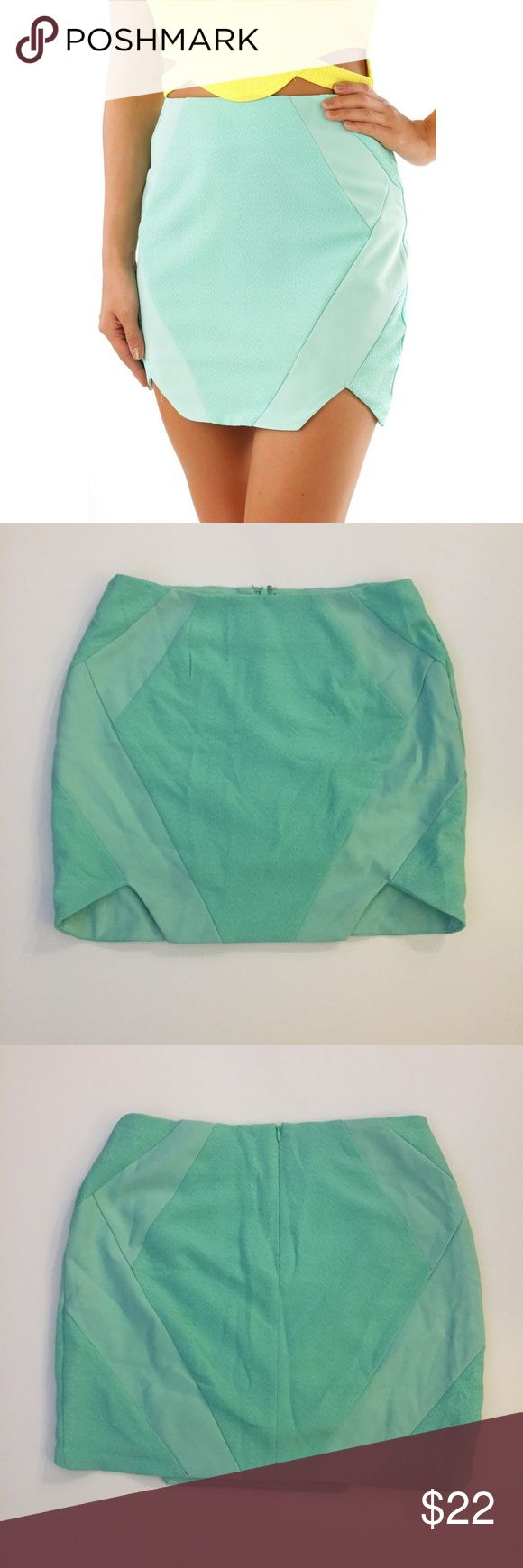 NWT mustard seed mint green skirt-S New with tags textured geometric mustard seed brand skirt.  Mint green color, size small. Tags: nastygal, missguided, tobi, lulu's, topshop, h and m, Zara **tagged as nasty gal for exposure** Nasty Gal Skirts Mini