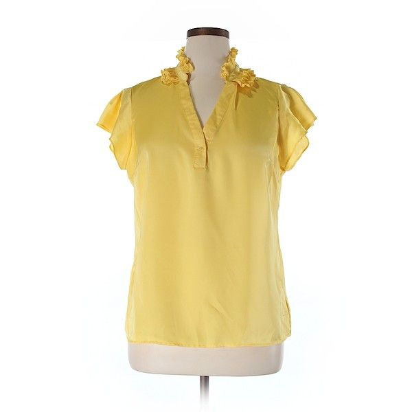 Pre-owned Sunny Leigh Short Sleeve Blouse Size 12: Yellow Women's Tops ($15) ❤ liked on Polyvore featuring tops, blouses, yellow, short sleeve tops, yellow top, short-sleeve blouse, sunny leigh blouses and sunny leigh