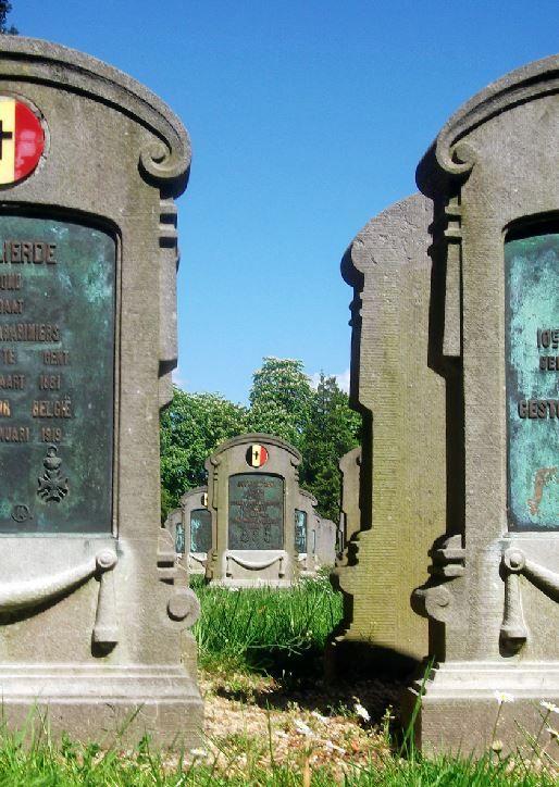 Antwerpen, Schoonselhof militaire ereperken