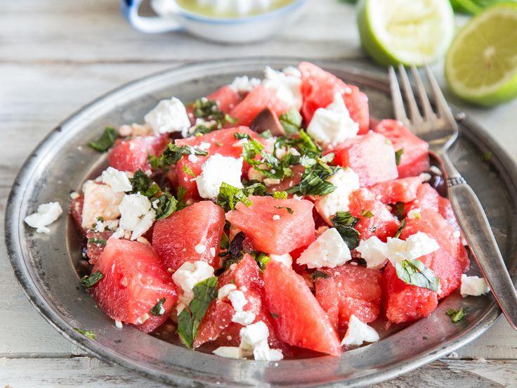 Melonensalat mit Feta und Oliven