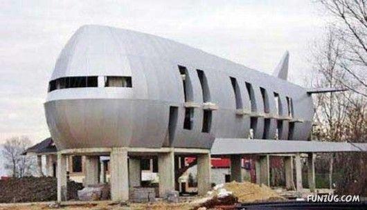 Airplane House