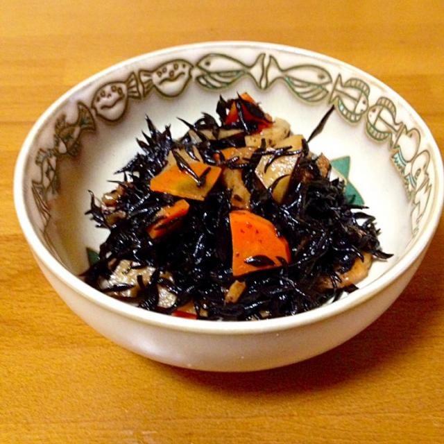 定番のひじきの炒め煮です。 - 93件のもぐもぐ - ひじきの炒め煮 by mayumi0525