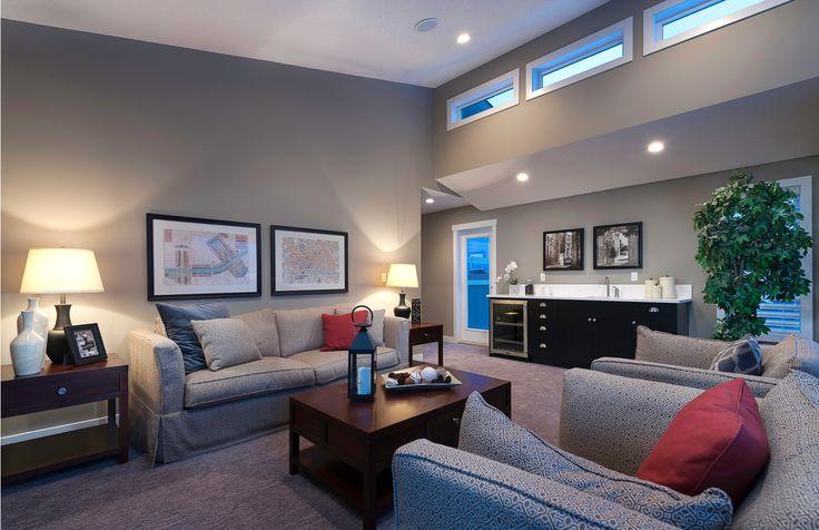 Bonus Room with Built-in Bar