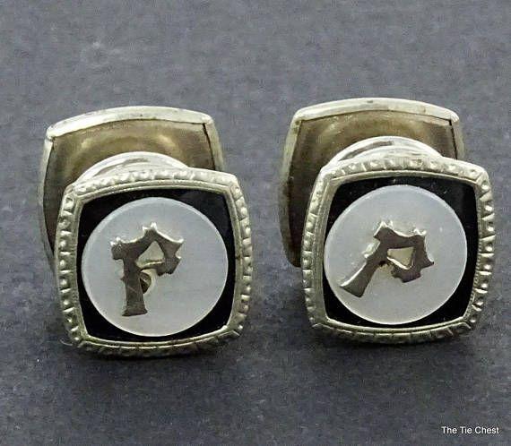 Beautiful pair of initial snap cufflinks! #thetiechest  #collectibles #cufflinks