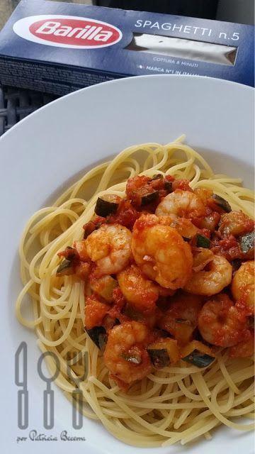 Spaghetti con calabacín y gambas | Comparterecetas.com