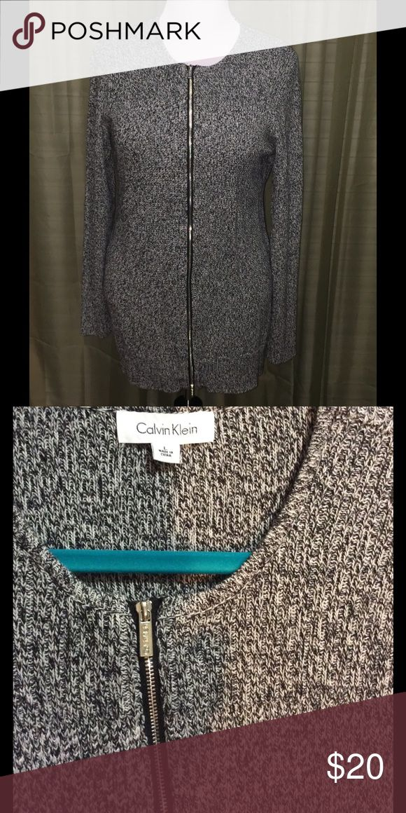 Calvin Klein zip up sweater EUC black and white zip up sweater Calvin Klein Sweaters Cardigans