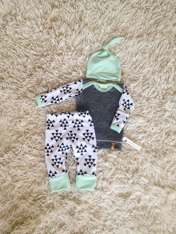 Boys Newborn Baby Outfit. Hospital Coming Home Outfit. Mix of blue, grey and triangle print with matching top knot hat! This one of a kind baby set, it