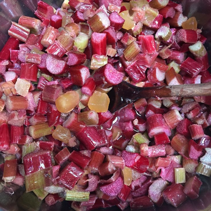 Fresh rhubarb and candied ginger in the pot.