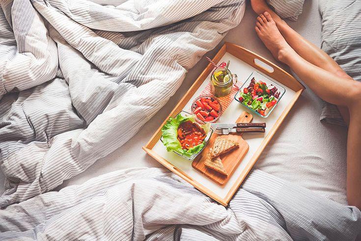 """Фото из статьи """"10 советов для красивого завтрака в постель, 29 фото"""". #завтрак   #еда #фото #человек #фотографии #статьи  #интересно #любовь #советы #постель"""
