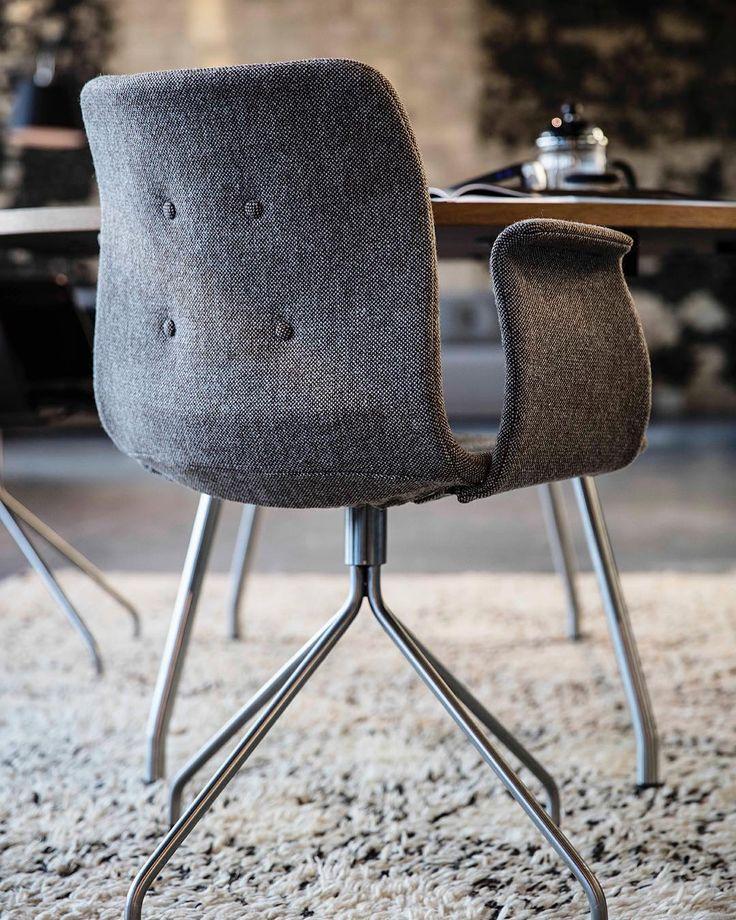 Primum Chair in Hallingdal fabric from Kvadrat Textiles #Diningchair#spisestuestol