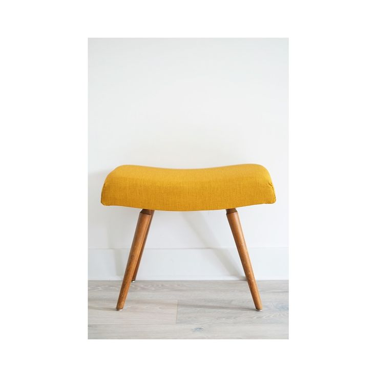 les 25 meilleures id es de la cat gorie tabouret scandinave sur pinterest cuisines modernes. Black Bedroom Furniture Sets. Home Design Ideas