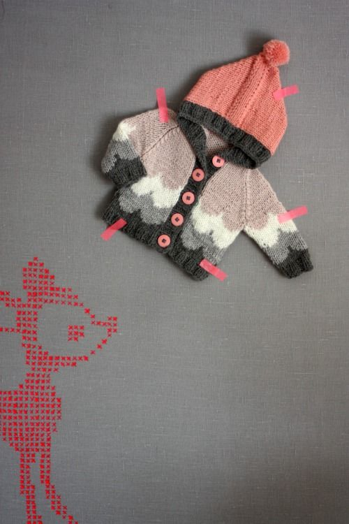cute! From the blog Muita Ihania: Crosses Stitches Patterns, Knits Crochet, Kids Fashion, Baby Sweaters, Blog Muita, Baby Knits, Display Ideas, Colour Palettes, Kids Clothing