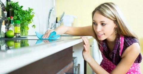 Nadat jij de chef hebt uitgehangen wil die nare kooklucht nog wel eens in je keuken (of zelfs je hele huis) blijven hangen. Dit is niet aangenaam en je wilt er zo snel mogelijk weer vanaf, maar hoe? Op Cleanipediavonden wij handige tips die jouw keuken weer fris laten ruiken! Toptip: Ventilatie, ventilatie, ventilatie! Dit […]