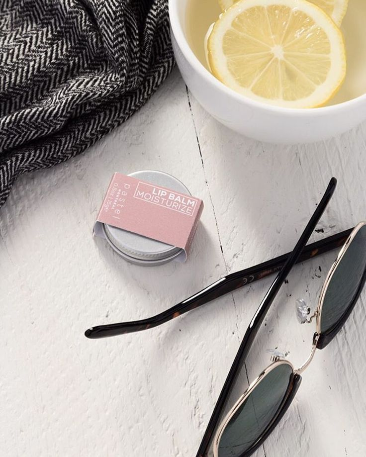 This is a great lip balm to moisturize, nourish and protect your lips. It is also very cute!   #pastel #inspiration #instabeauty #skincare #essentials #etsy #allnatural #skin #lipbalm #favorite #healthyskin #cute #natural #montreal