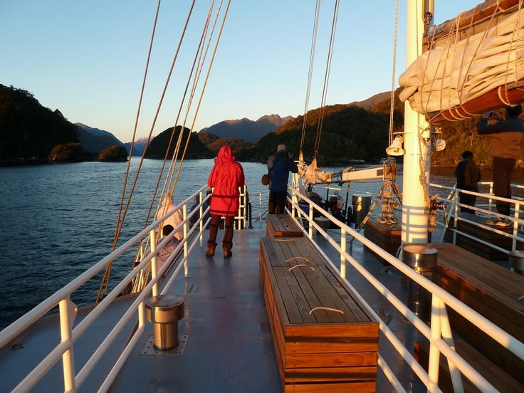 Dusky Sound Discovery Cruises - Expedition cruises of Southern New Zealand