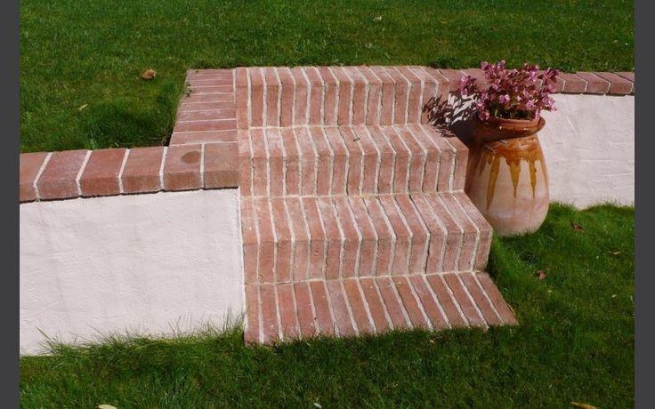 Escalier de jardin en briques