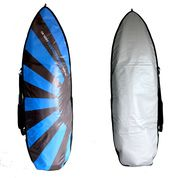 The FISH style surfboard bag allows for extra width and volume of these wider surfboard designs.