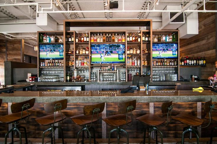 Red Door Grill -  So much college #basketball, so little time. Good thing we have all these flat screens… #multitasking
