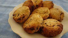 Backen mit Süßkartoffel. Diese Süßkartoffel Kekse sind ✓glutenfrei ✓laktosefrei ✓zuckerfrei ✓fertig in 30 min - 100% Paleo, 100% natürlich. Jetzt ausprobieren