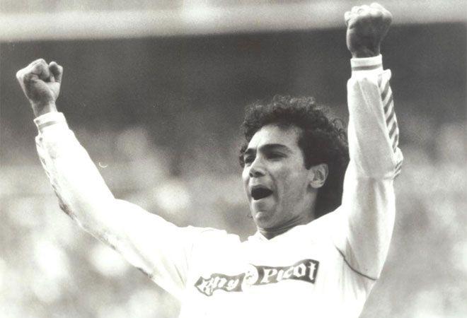 1989/1990... la temporada del record de 107 goles del Real Madrid... donde el mexicano Hugo Sanchez anotó 38