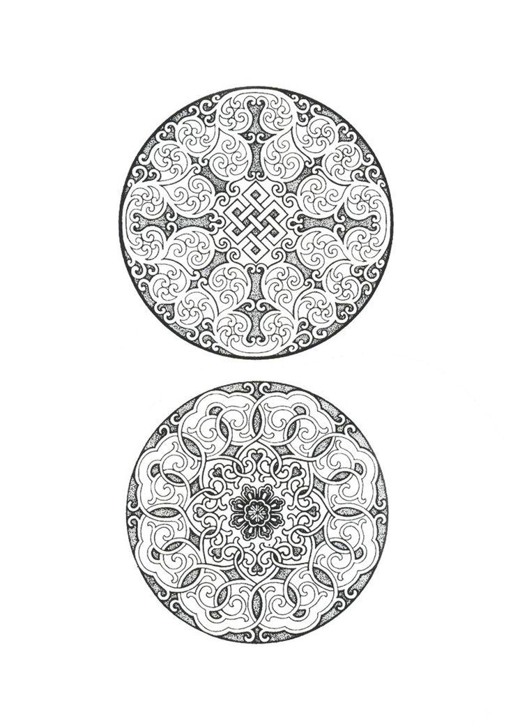 Если обо всех орнаментах, которые я использовала до этого, я знала хотя бы что то, и отталкивалась в первую очередь от того, что было уже известно, то монгольский…