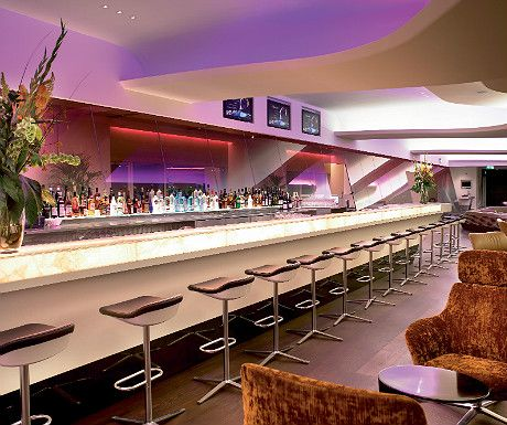 Heathrow Virgin Upper Class Lounge; besotted by it...