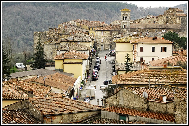 Castellina in Chianti, look at the tower! I'm Maried here :)