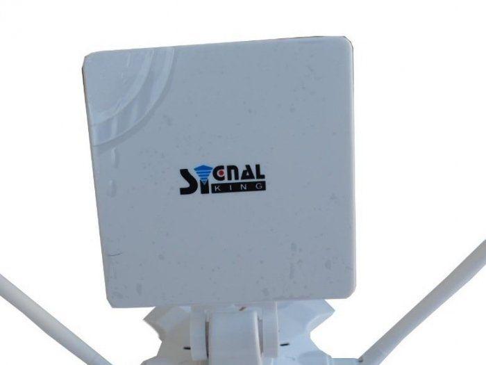 Como construir una antena wifi casera de largo alcanze con un bote de Pringles. Mi pesadilla con la conexión wifi de mi portátil ha terminado en un POP! Todo ello gracias al ingenio de aquellos universitarios de Colombia que de la manera más...