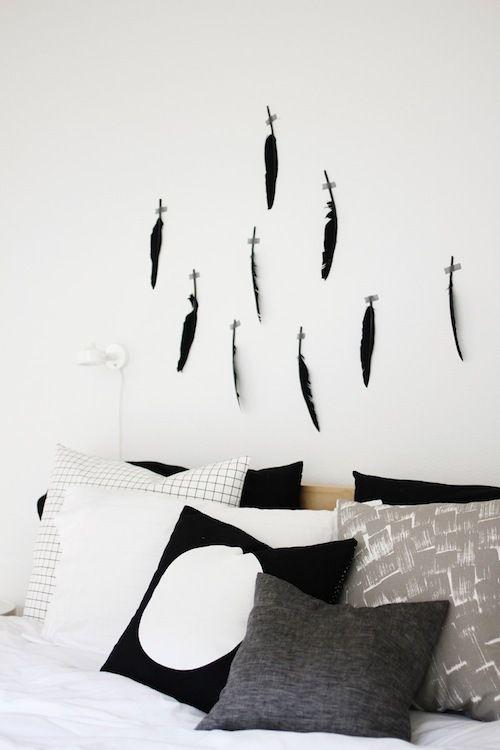 Steeds vaker kom ik ze tegen…prachtige beelden van veren en ze zijn nog mooier voor in je interieur.