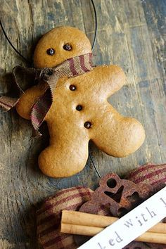 Recipe for making decorative gingerbread ornaments