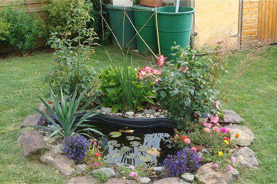 Les 25 meilleures id es de la cat gorie bassins de petit jardin sur pinterest petits tangs de - Bassin d eau plastique avignon ...
