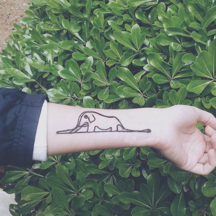 Fil yutmuş Boa yılanı / Boa constrictor digesting an elephant  #thelittleprince #küçükprens #küçük #prens #little #prince #littleprinces #lepetitprince #petitprince #petit #henna #kına #kina #hennatattoo #bohohenna #littleprincetattoo #littleprincehenna #boho #handcraft #handmade #likeforlike #like4like #elephant #boa #snake #india #vsco #igers #dövme #bohem