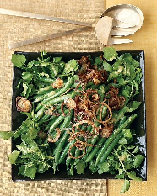 green bean salad with crispy shallots. leave out the crispy shallots ...