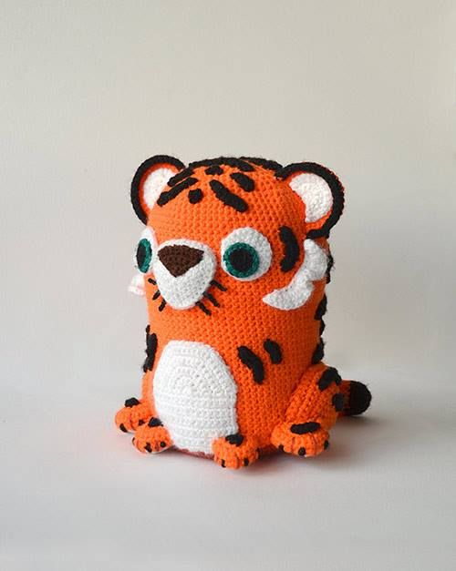Tiger Doll Amigurumi Pattern : 1000+ images about AMIGURUMI on Pinterest Free pattern ...