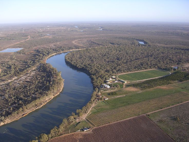 Hot Air ballooning over Murray river, Mildura, Victoria, Australia