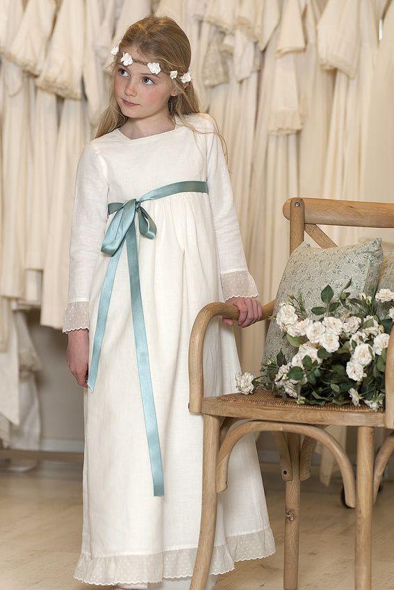 Vestido de comunion con lazo azul