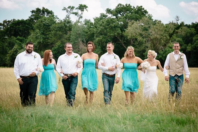 teal and white rustic wedding   teal and ivory wedding   teal wedding ideas   rustic wedding party