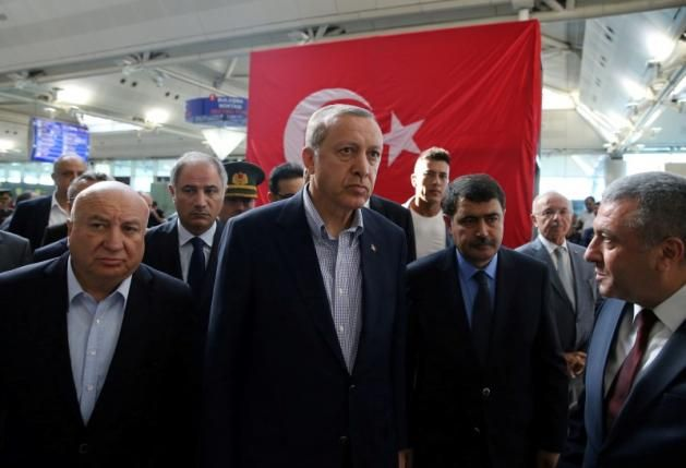 Around 20 Islamic State members in custody over Istanbul airport attack: Erdogan 07.02.16 Around 20 Islamic State militants, mainly foreigners, are in custody in connection with an attack last week on Istanbul airport that killed 45 people, Turkish President Tayyip Erdogan said on Saturday.