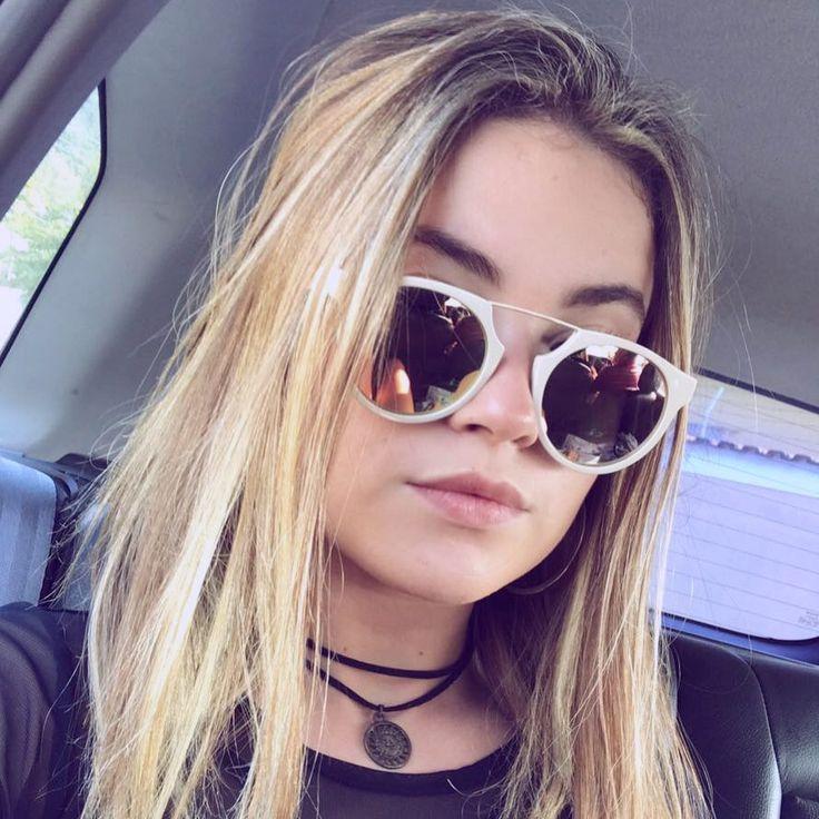 """5,522 curtidas, 143 comentários - raissa chaddad (@raissachaddad) no Instagram: """"fui no salão só para hidratar o cabelo e pahh do nada eu saí iluminada  #blondehairdontcare"""""""