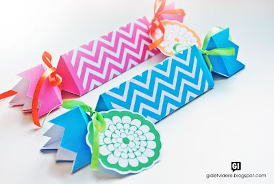 Pay it forward: FIESTA big bonbon boxes of gift tags