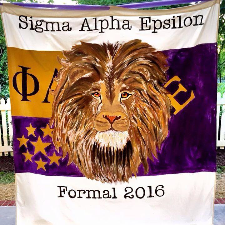sigma alpha epsilon lion flag banner sae fraternity