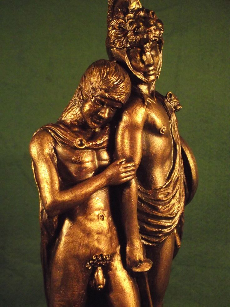 Alexander_and_Hephaestion._6_Cornwall_LGBT_History_Project_2016._Sculpted_by_Malcolm_Lidbury.