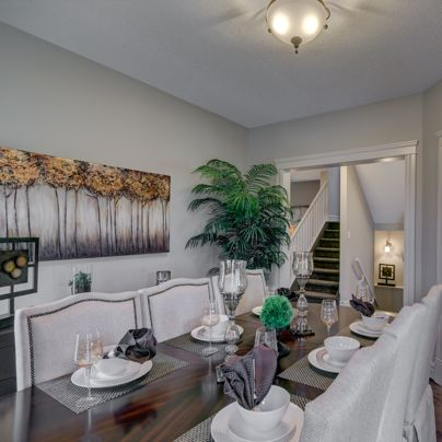 Madison E Lifestyle Room - a gorgeous dining room set up!