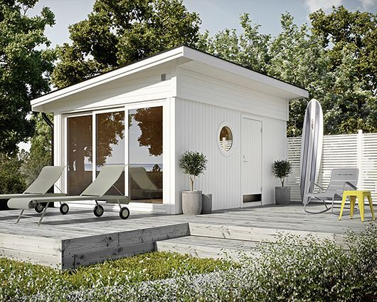 Perfection. Garden house, deck sun lounges