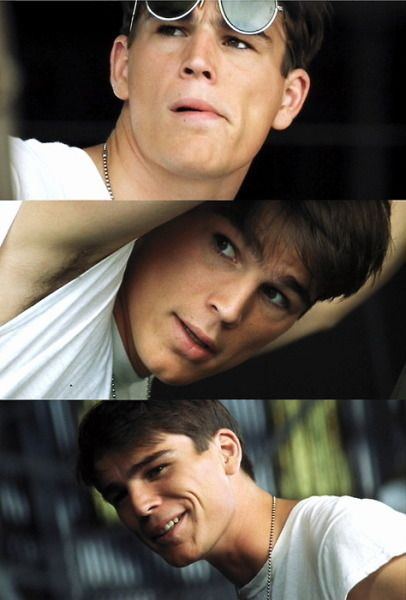 Josh Hartnett as Danny Walker in Pearl Harbor- yum!