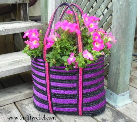 How to Make a Tote Bag Planter / www.thriftyrebel.com